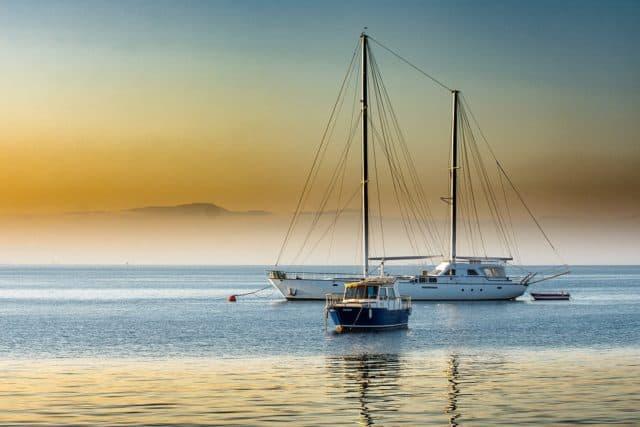 Que signifie rêver de bateau à quai ?