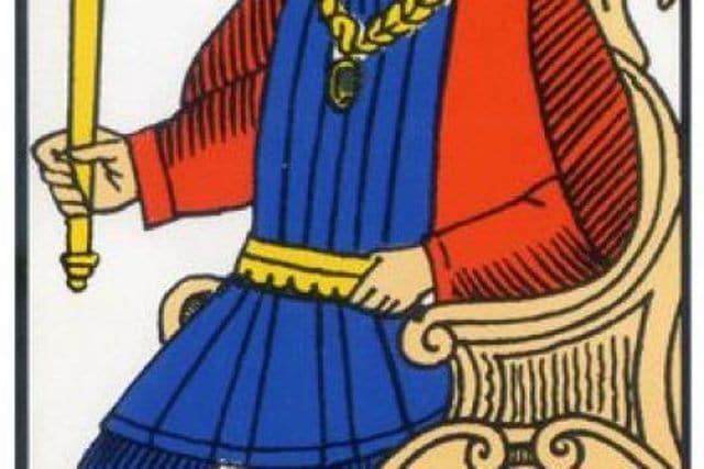 Rêver de la carte l'empereur et son interprétation: