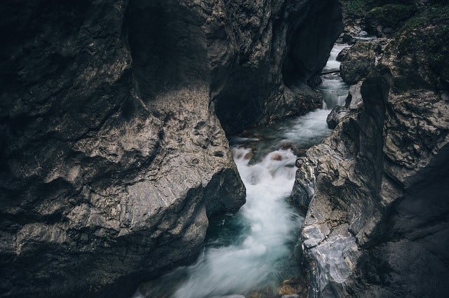 Le rêve de ruisseau et sa signification: