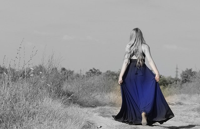 Que signifie un rêve de robe bleue ?