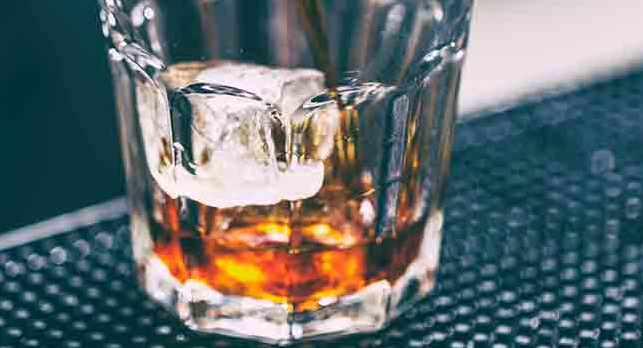 Que signifie un rêve de boire de l'alcool ?