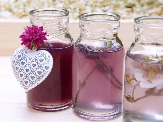Que signifie un rêve de boire du parfum ?