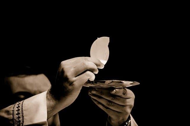 Que signifie un rêve de communion ?