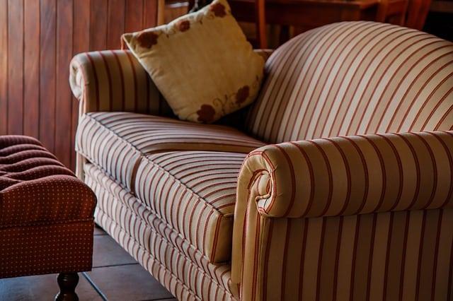Que signifie rêver de divan ?