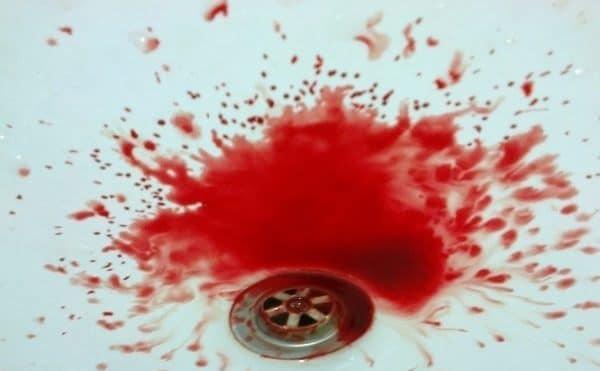 Que signifie rêver de vomir du sang ?