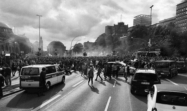 Que signifie rêver d'émeute ?
