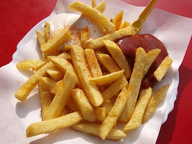 Que signifie rêver de manger des frites ?