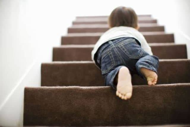 Que signifie rêver de tomber des escaliers ?