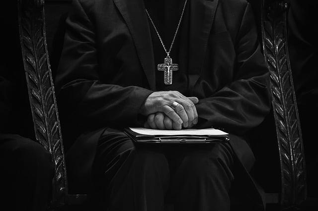 Que signifie rêver d'évêque ?