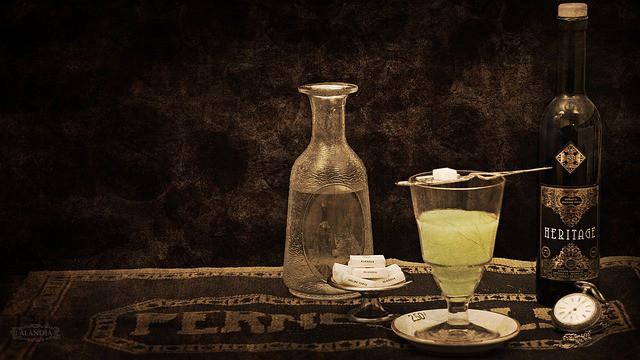 Que signifie rêver d'absinthe ?