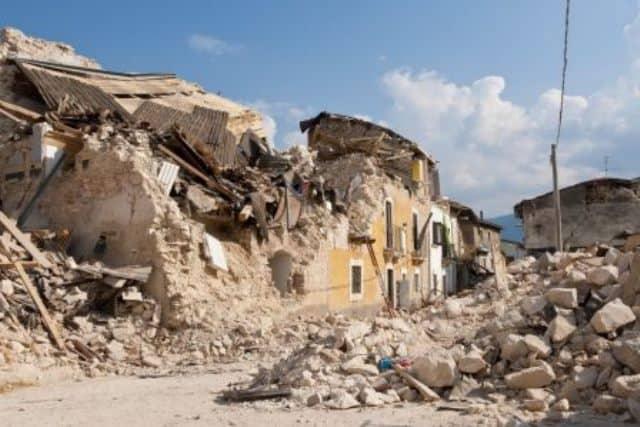 Pourquoi rêver de maison qui s'effondre ?