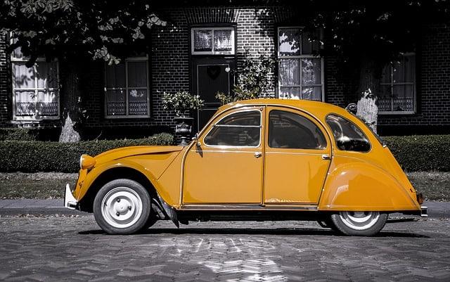 Pourquoi rêver de voiture orange ?