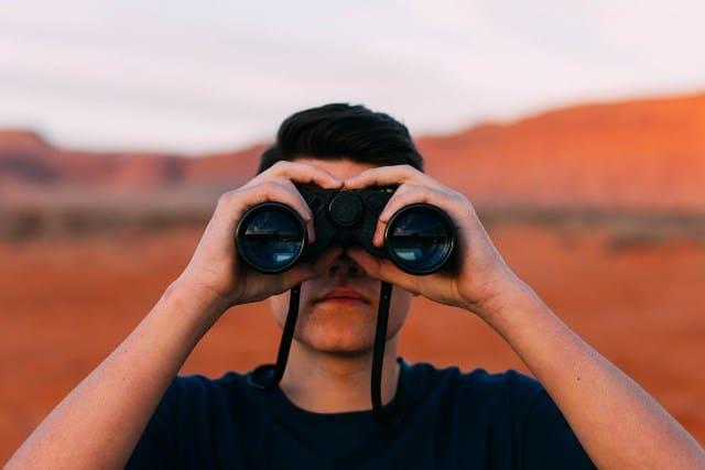 Pourquoi rêver d'être observé ?