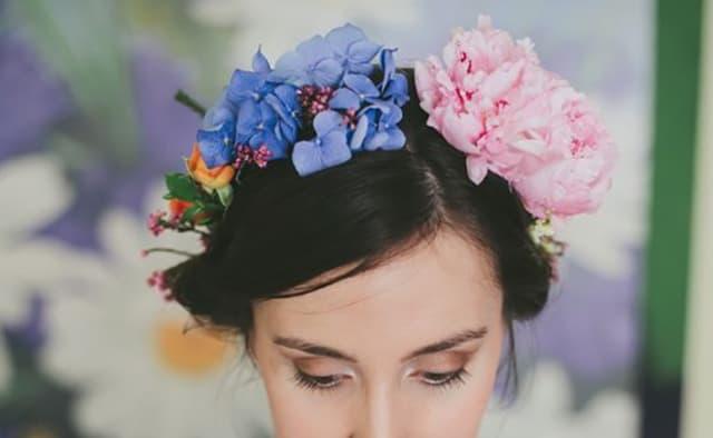 Que signifie rêver de couronne de fleurs ?