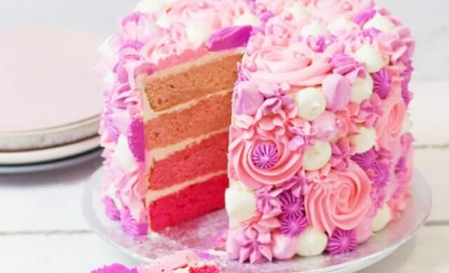 Que signifie rêver de gâteau rose ?