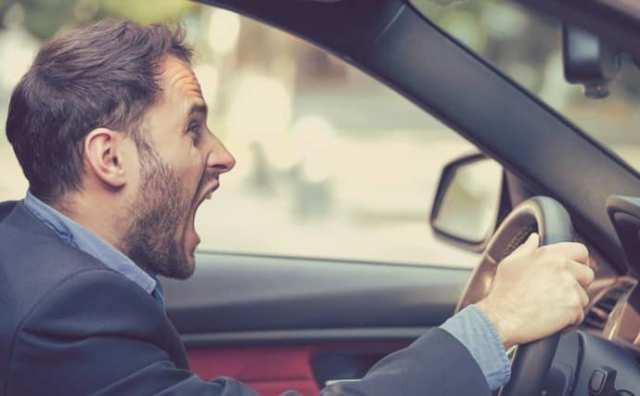 Pourquoi rêver de voiture qui ne s'arrête pas ?